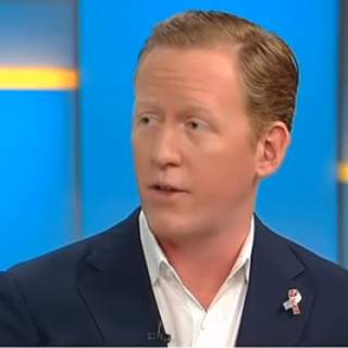 Rob O.Neill  320x320 - Navy SEAL who killed Bin Laden says Colin Kaepernick 'wouldn't leave Green Bean Coffee' if he were taken to Afghanistan