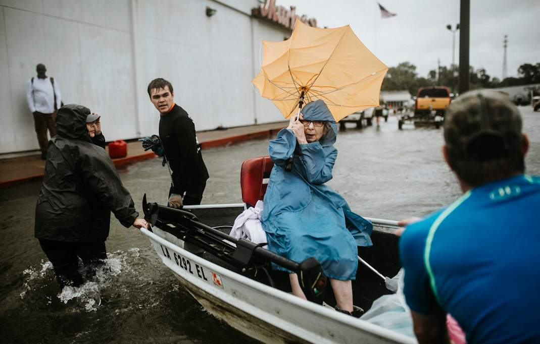 The Cajun Relief Foundation organized thousands for the Cajun and Texas navies, and they're going viral Featured