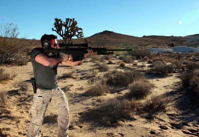 Video emerges of Dan Bilzerian asking cop for gun at Vegas shooting; cop shuts him down Featured