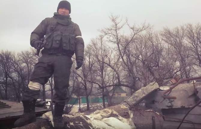 Russian soldiers won't be allowed to post selfies anymore because they are giving away too much info Featured