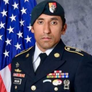 Screen Shot 2017 11 07 at 11.01.42 AM 320x320 - Navy SEALs suspected in death of Green Beret changed their story after autopsy revealed strangulation