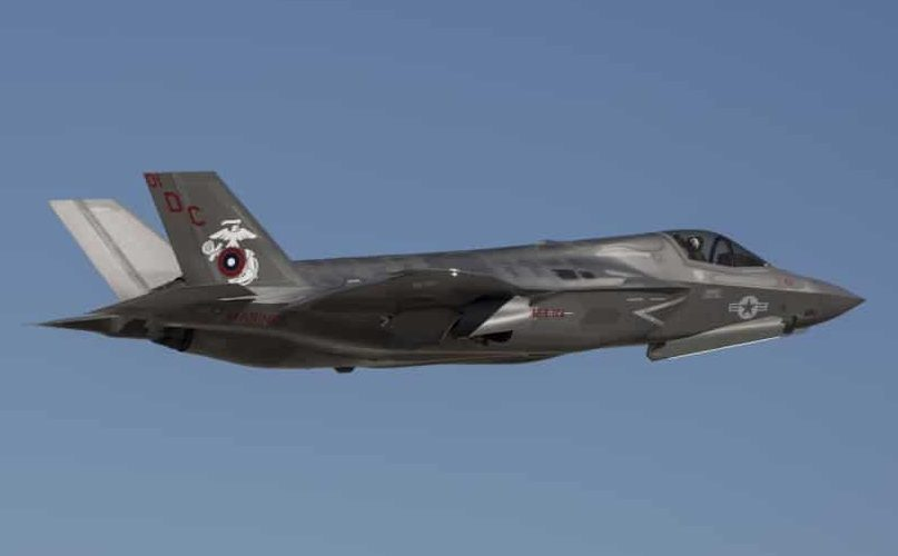 Pics/Video: US F-35 fighter jet crashes after 'making contact' with KC-130 tanker in California
