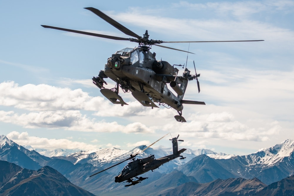 Army halts Apache helicopter deliveries