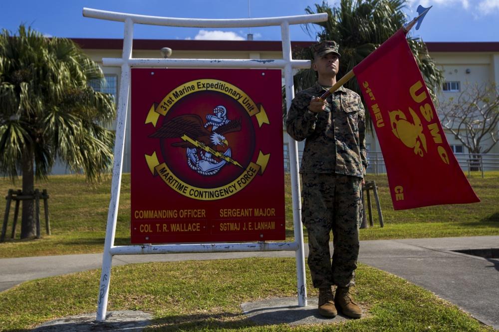 1000w q95 4 - Infantrymen sling lead in Bradley live-fire training