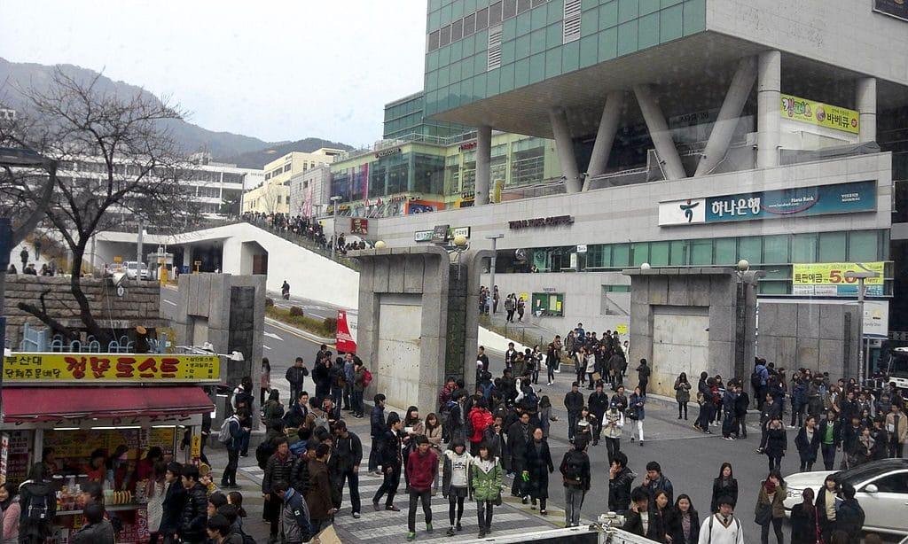 Hong Kong students flock to Taiwan universities amid protest turmoil