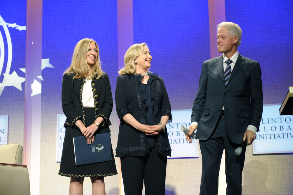 BOMBSHELL: Over Half Of Meetings Clinton Had With Non-Gov't Officials As Secretary Of State Were Clinton Foundation Donors Featured