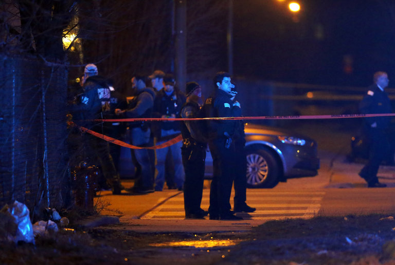 60 People Shot In Chicago During 4th Of July Weekend Despite Anti-Gun Laws Featured