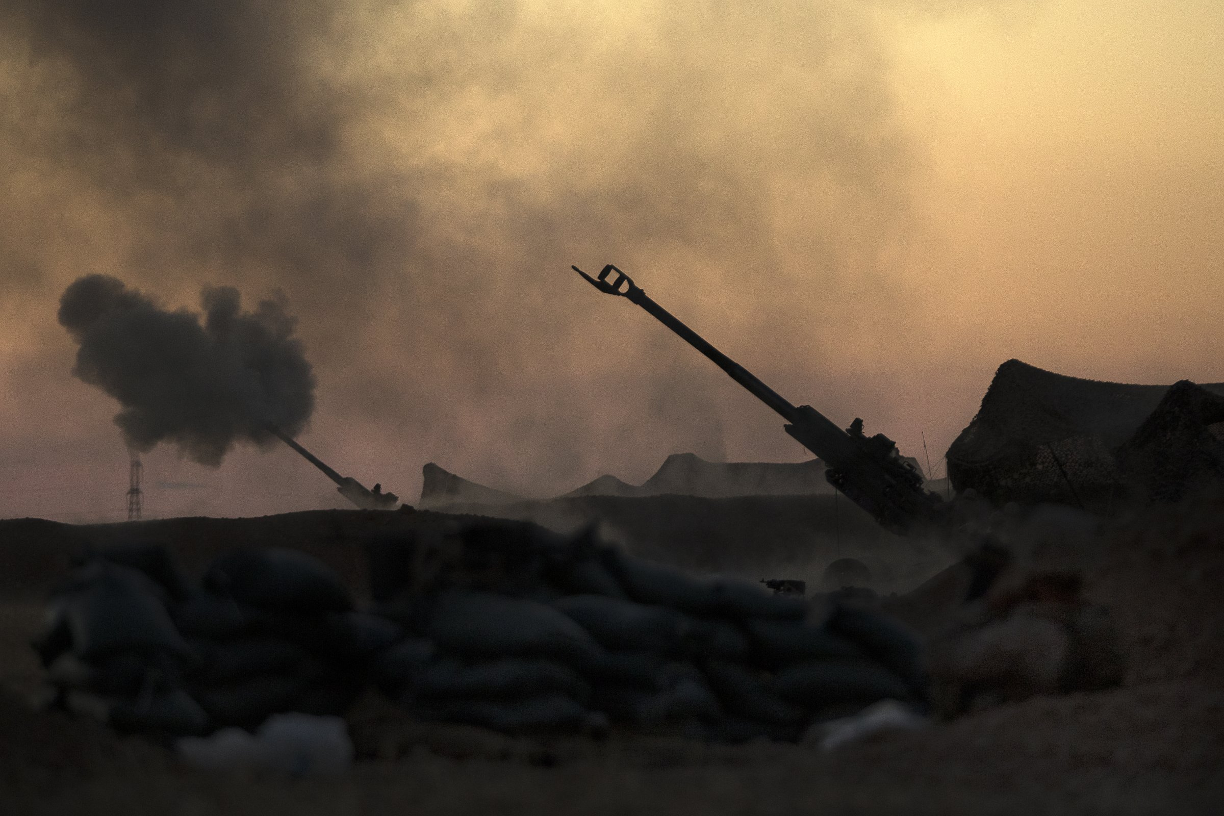 Artillery strikes against ISIS in Syria were so intense they burned out 2 Marine howitzers Featured