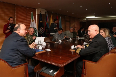 180209 F XB970 003 - Adm. Tidd visits Colombia, discusses security cooperation with leaders