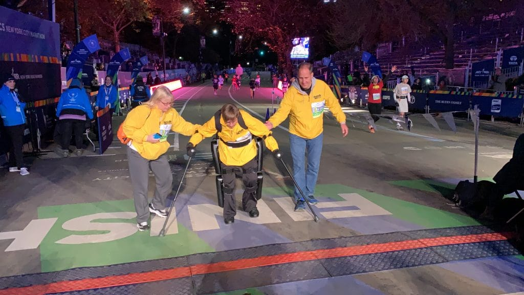 PHOTOS: 65-year-old paralyzed vet finishes NYC marathon in robot suit - American Military News