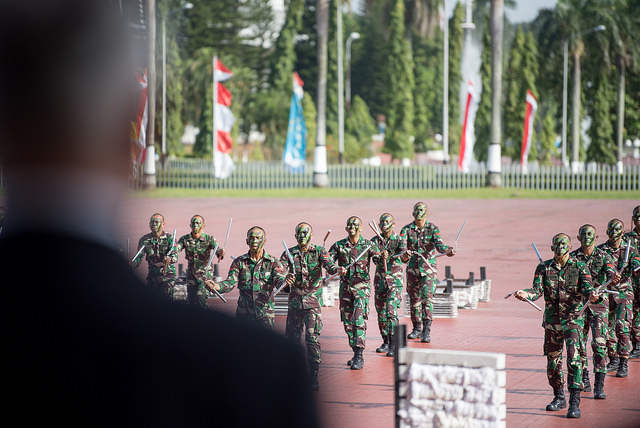 38971183835 54e5af59d3 z - (PHOTOS) Mattis gets live snake send-off with fire and brick-smashing in Indonesia