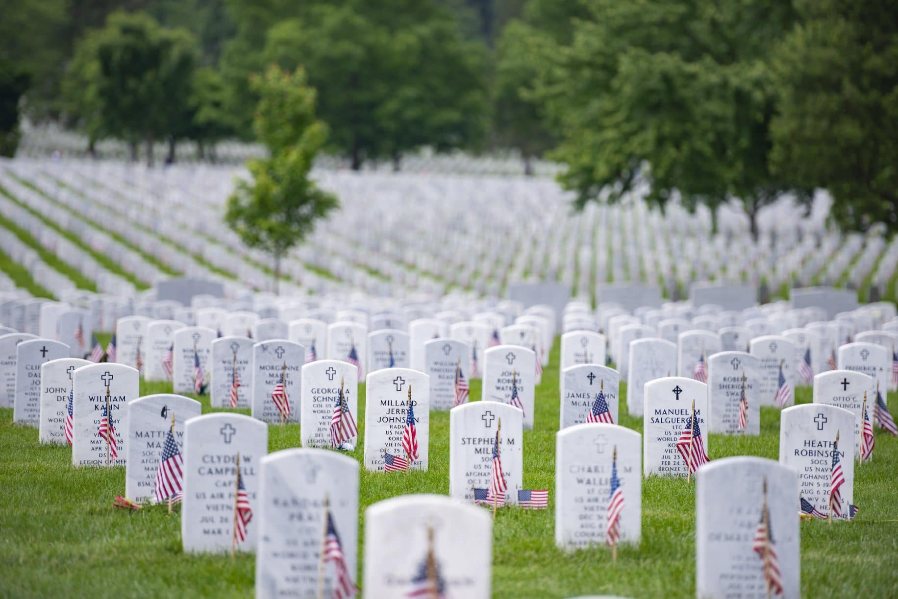 Here's how the top 2024 presidential contenders are honoring the fallen on Memorial Day
