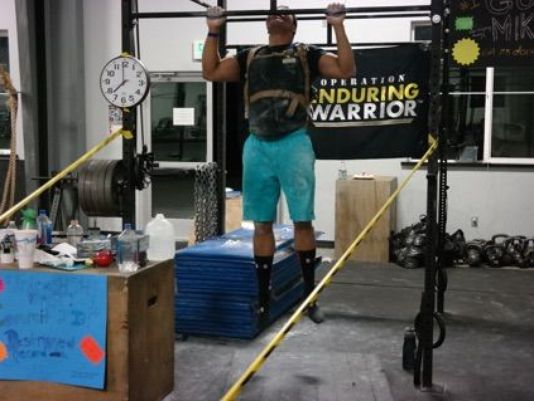 Sailor Sets World Record For Most Pullups In 24 Hours Featured