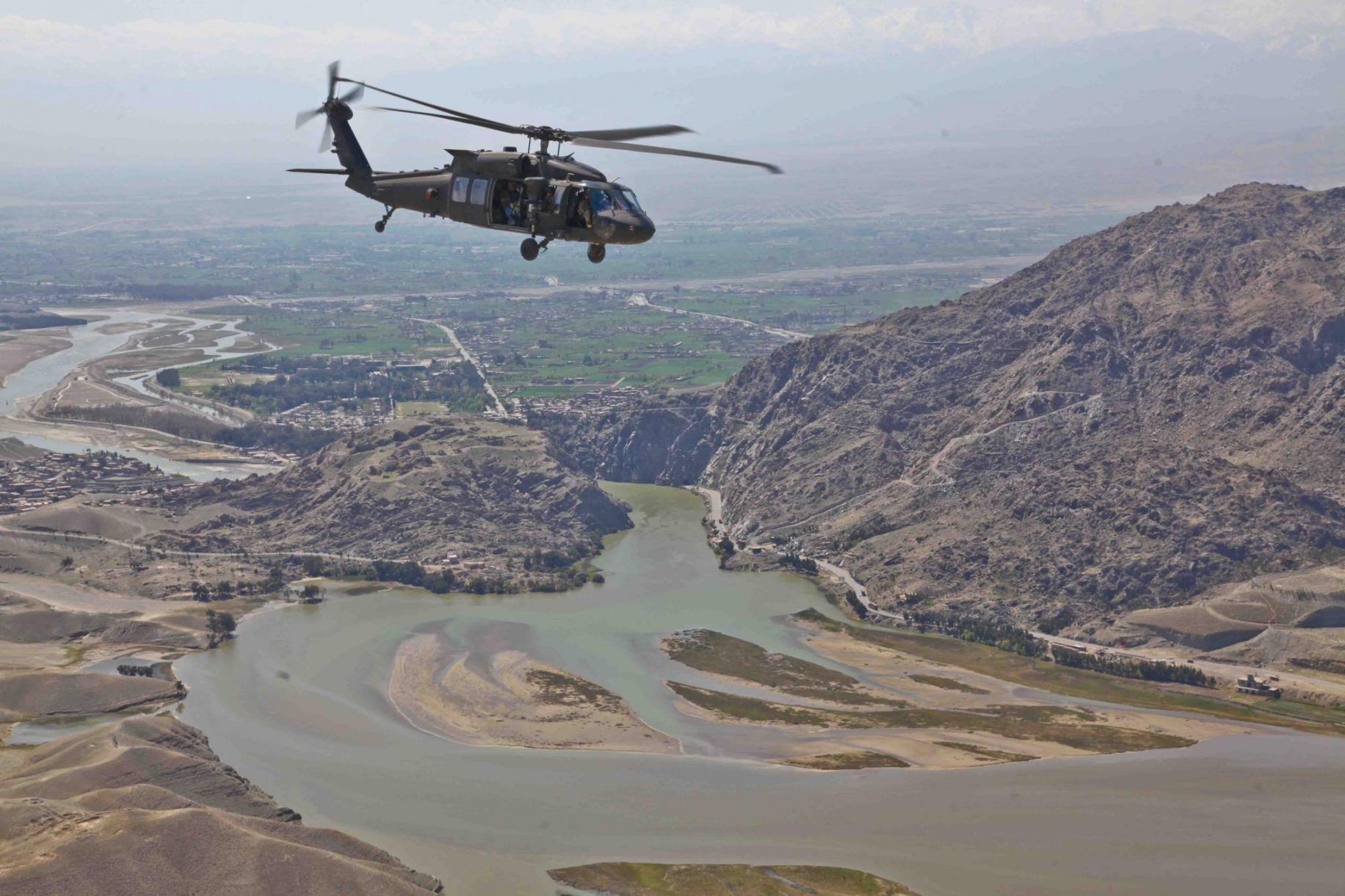 Pentagon names soldier killed in Iraq helicopter crash