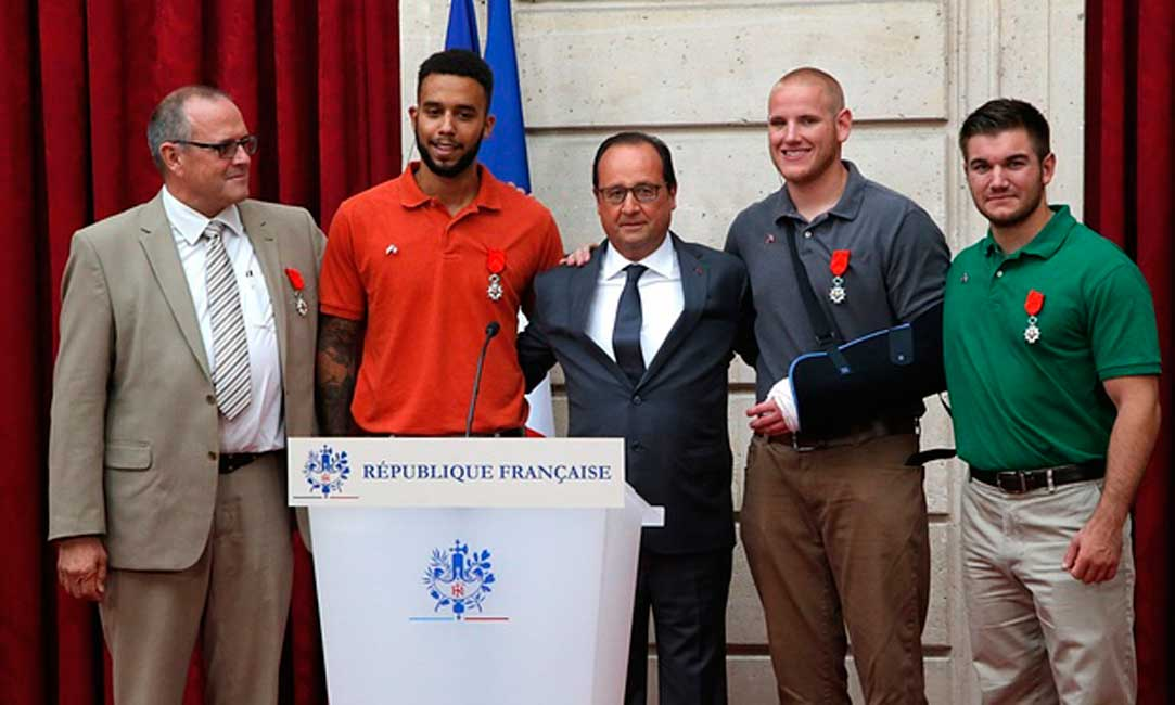 (VIDEO) Heroic Americans Become French Knights Featured