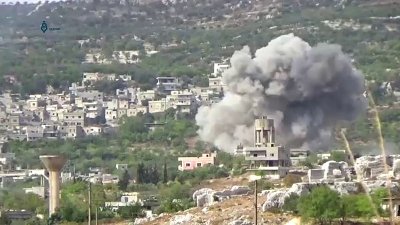 Russian-Syrian strike in Idlib 'appears to be war crime'