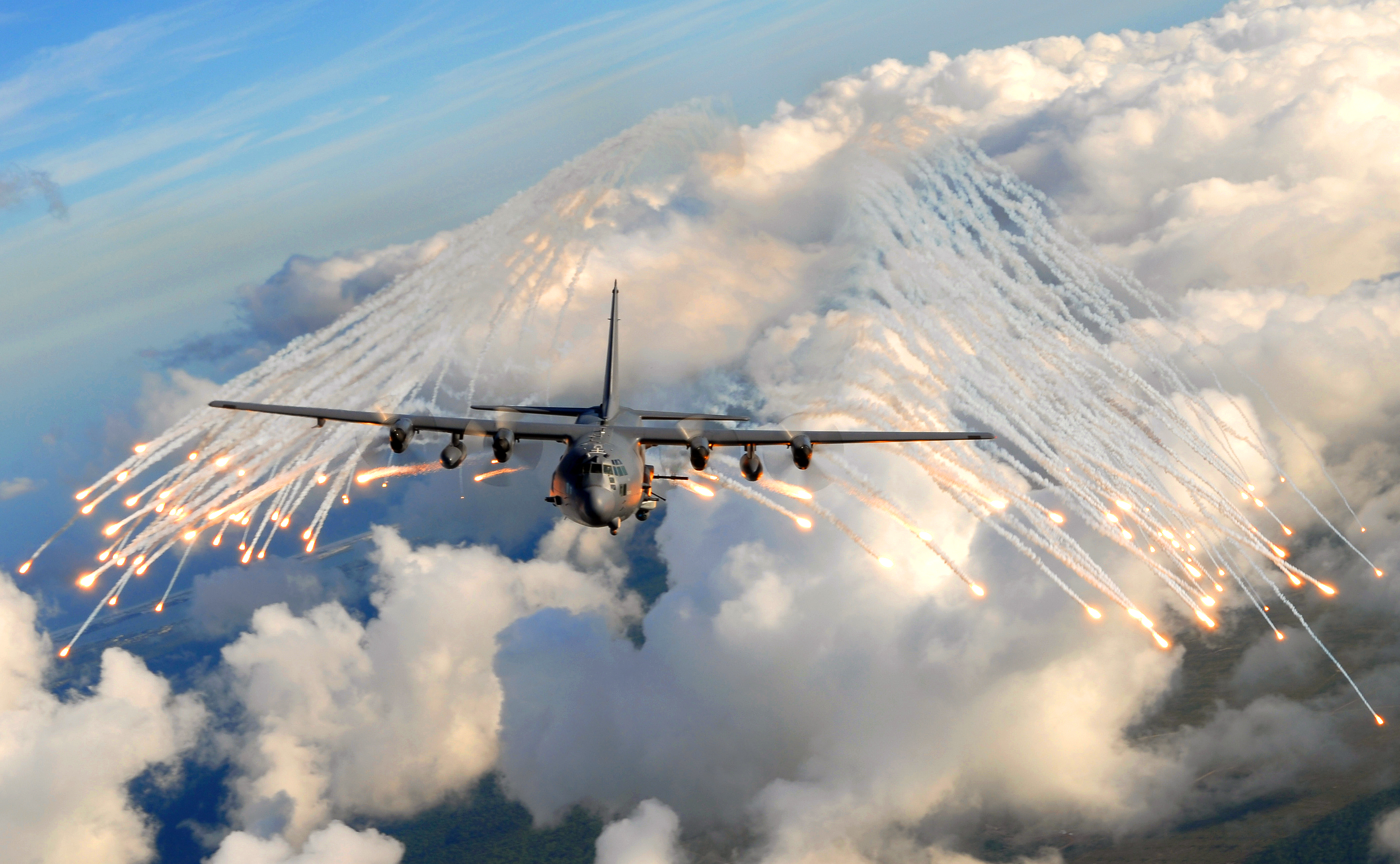 AC-130_Over_Hurlburt