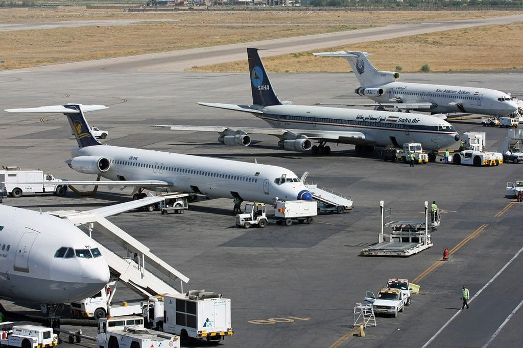 Passenger plane makes emergency landing in Tehran
