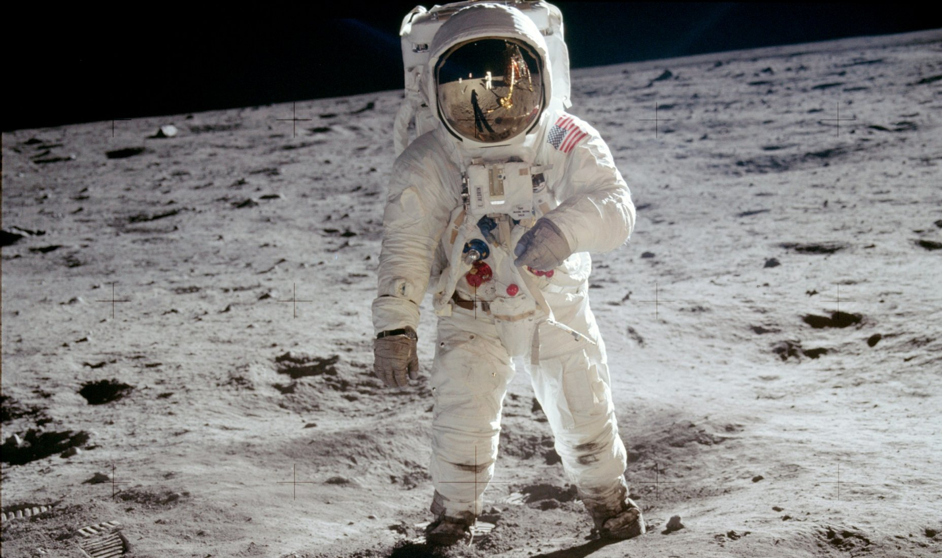 On This Day: Neil Armstrong Becomes The First Man To Walk On The Moon (VIDEO) Featured