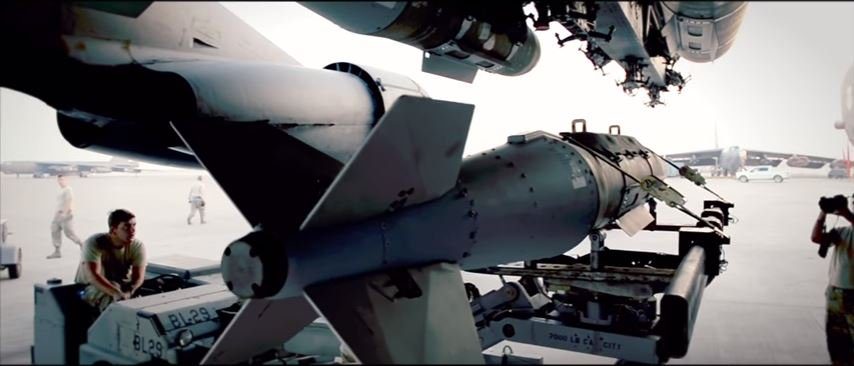 B 52 Bombs - Watch US Air Force airmen turn a B-52's 2,000-pound warheads into smart bombs