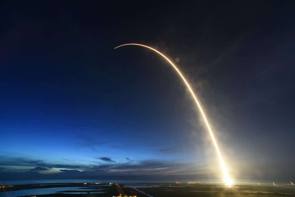 SpaceX seeks permission to launch 30,000 more satellites