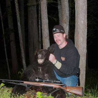 Bear Hunt 3 320x320 - Wounded veterans participate in Hope for the Warriors' therapeutic bear hunt