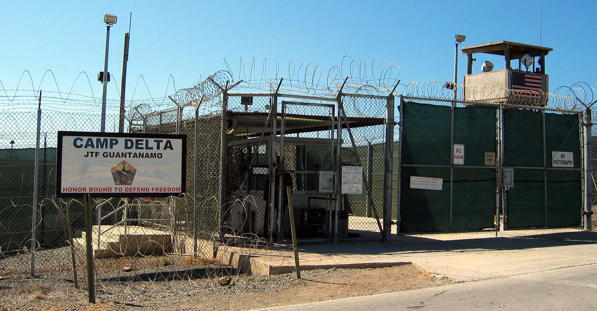 Obama Releases 10 More Gitmo Prisoners To The Middle East Featured