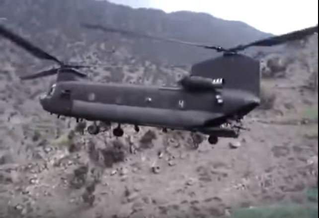 Watch A CH-47 Chinook Perform Pinnacle Landing Extraction In Afghanistan Featured