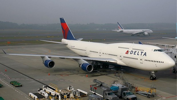 Courtesy: http://www.airliners.net/photo/Delta-Air-Lines/Boeing-747-451/1599788/L/