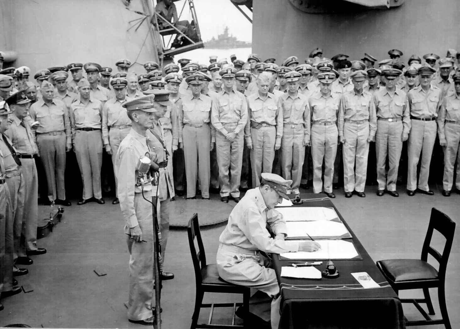 Douglas MacArthur signs formal surrender - (VIDEO) 'Mighty Mo' USS Missouri's decorated history over 50 years as US' 'mightiest battleship'