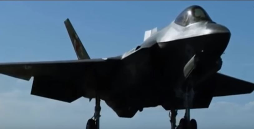The U.S. Navy's Aircraft Carriers Are Getting Stealth Fighters Featured