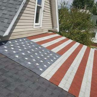 FB IMG 1501873403286 320x320 - Disabled Marine combat veteran gets his roof turned into patriotic American flag