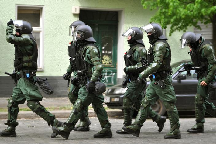"German Police Stop 15-Year-Old Terrorist From Carrying Out Mass Shooting: Raid Radical Islamic ""Hot Bed"" Featured"