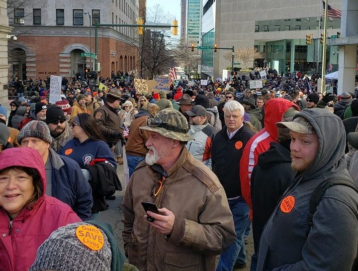 Video/Pics: VA gun rally attendees pick up trash, leave nothing behind