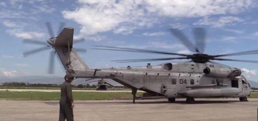 Marines provide humanitarian aid  too victims of Hurricane Matthew