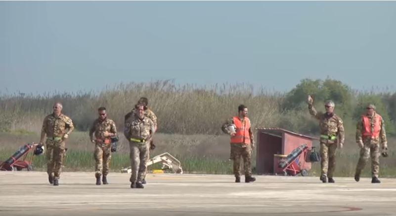 Italian Air Force Flight Line Crewmembers - Check Out Italian Air Force AMX Fighter-Bombers During An Air Exercise In Greece
