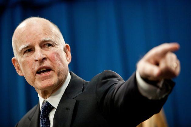 "California Gov. Signs Flurry Of ""Gunpocalypse"" Gun Control Bills Featured"