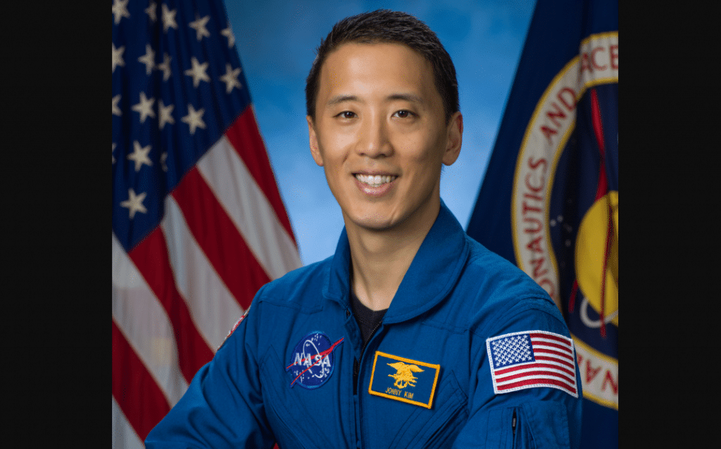 Navy SEAL turned Harvard doctor now becomes NASA astronaut