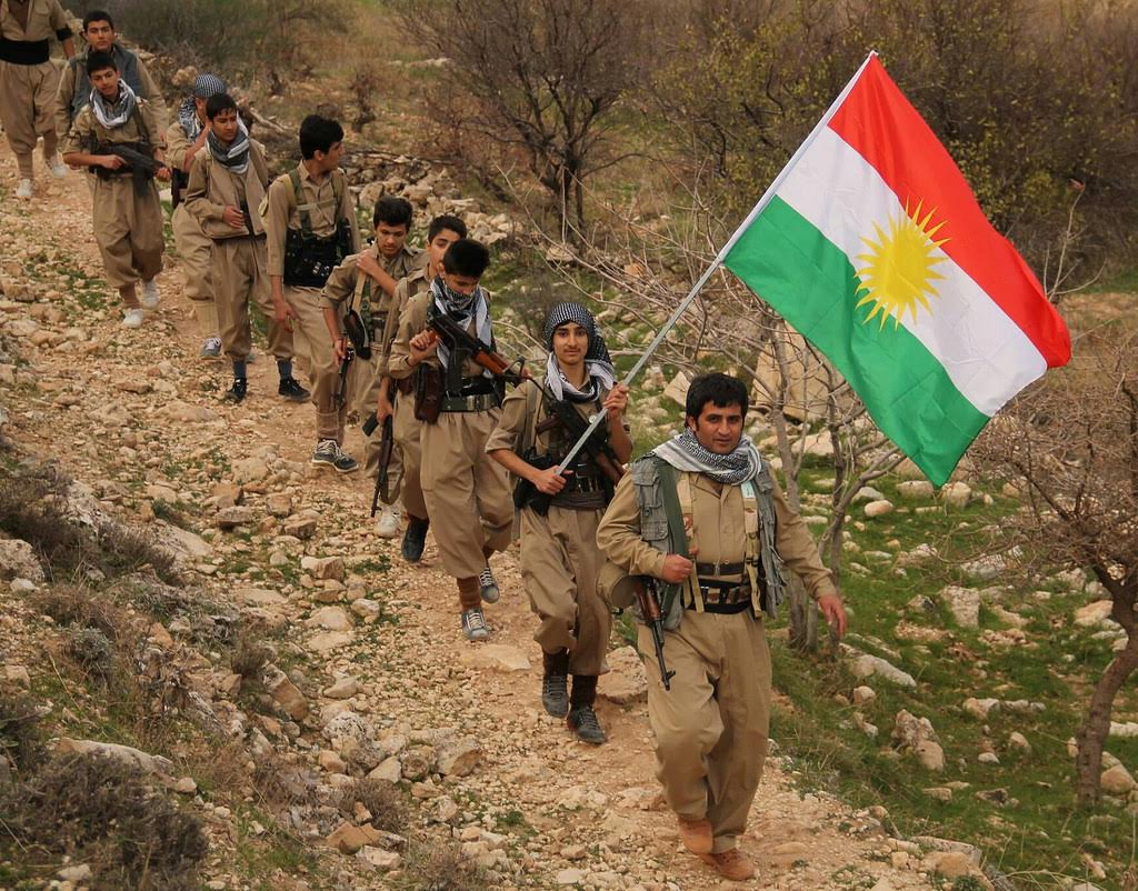 Kurds engage iranian revolutionary