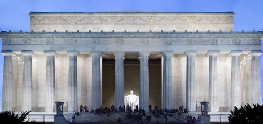 Lincoln_Memorial_Twilight