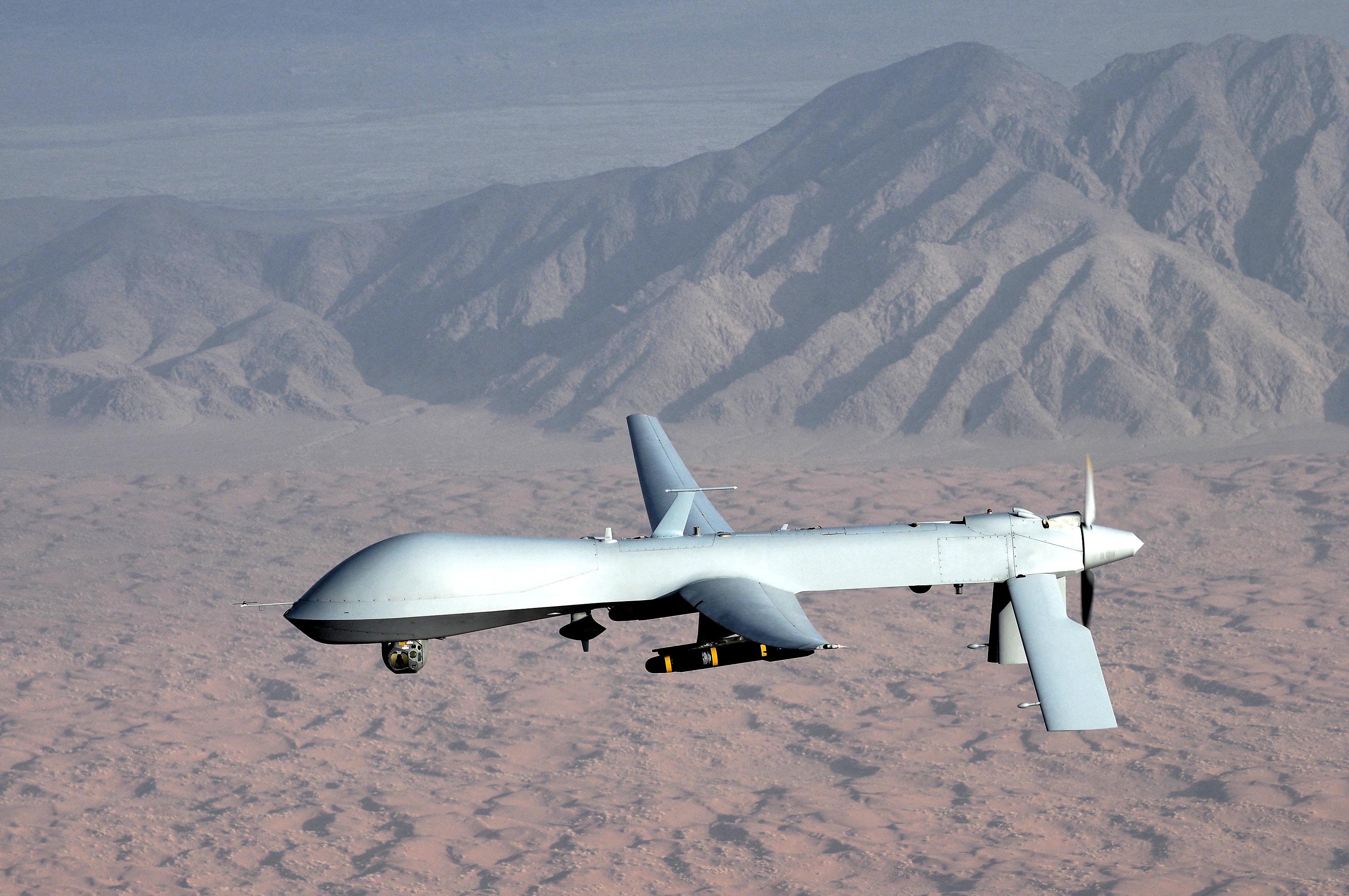 U.S. Spy Drone Forced To Leave Iranian Airspace After Warning From Iranian Government Featured