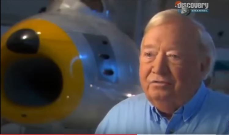 Meet The Man Who Was Able To Go Faster Than The Speed Of Sound Without A Plane Featured