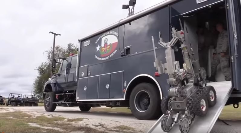Watch New Military Robots Sappers & Explosive Technicians Perform EOD Tactical Training Featured