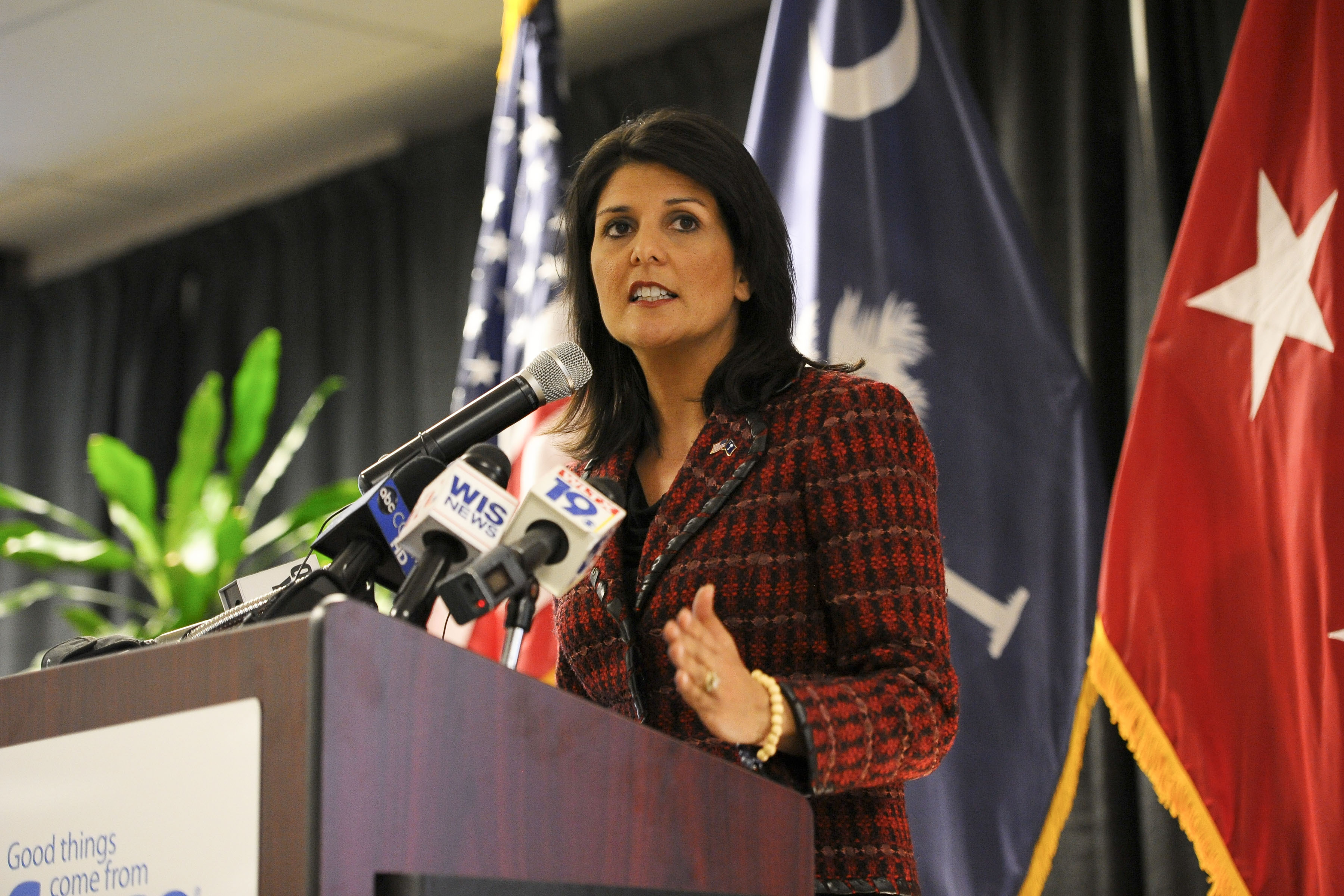 Nikki Haley evacuated from South Sudan amid hundreds of protestors turned violent Featured