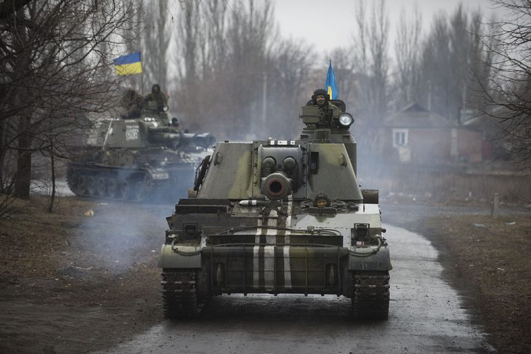 OSCE_SMM_monitoring_the_movement_of_heavy_weaponry_in_eastern_Ukraine_16109335994-768x512.jpg