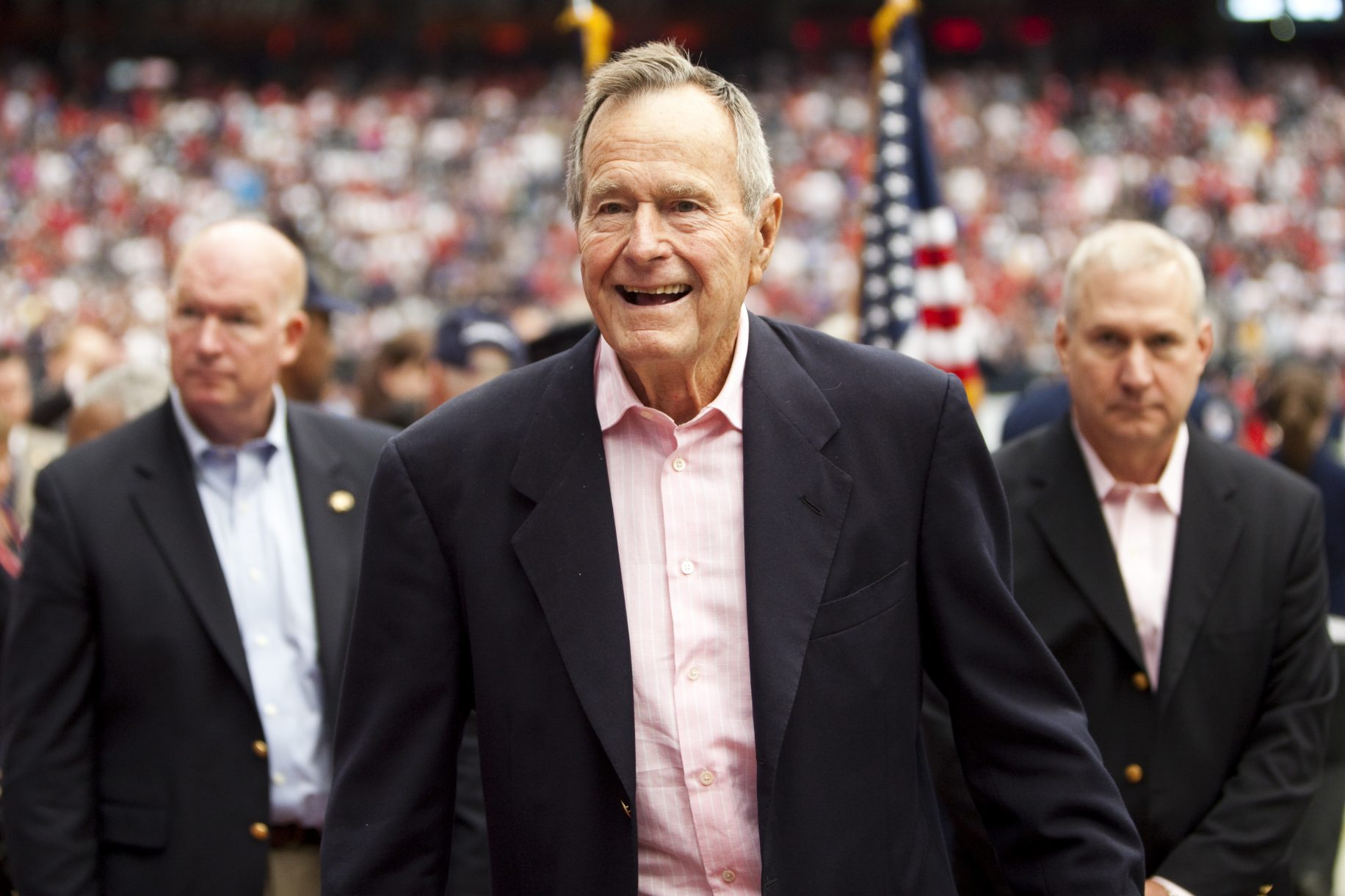 "BREAKING Politico: ""George H.W. Bush To Vote For Hillary Clinton"" Featured"