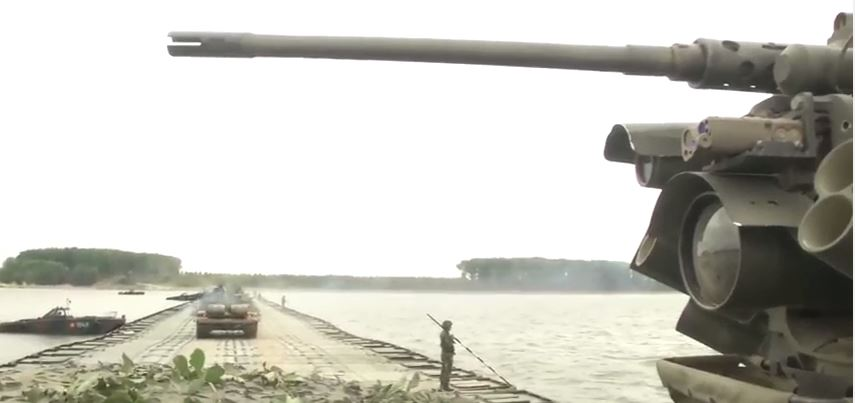 (WATCH) US Army Strykers and Romanian armored vehicles cross pontoon bridge during Exercise Saber Guardian Featured