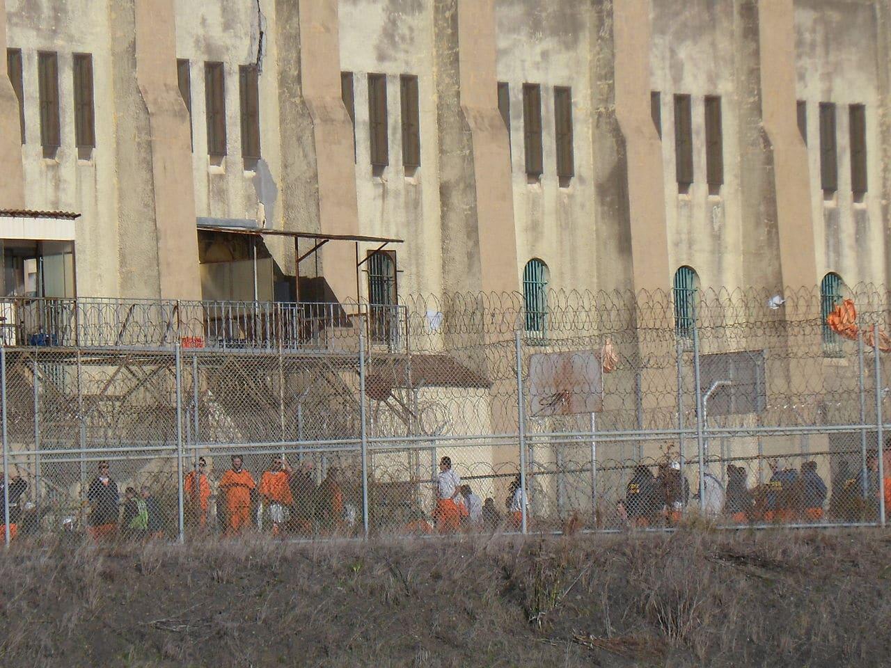 CA releasing up to 17,600 prisoners over coronavirus; murder convict already released
