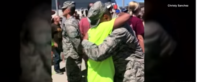 Sanchez - (VIDEO) An Army Veteran Who Has ALS Stands And Walks To His Son At Basic Training Graduation