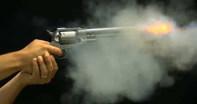 Incredible Slow Motion Photos of Bullets Being Fired Featured